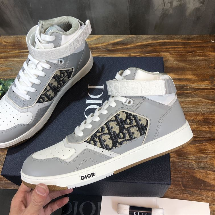 B27 HIGH-TOP GRAY AND WHITE SMOOTH CALFSKIN WITH BEIGE AND BLACK DIOR OBLIQUE JACQUARD SNEAKER - CDO019