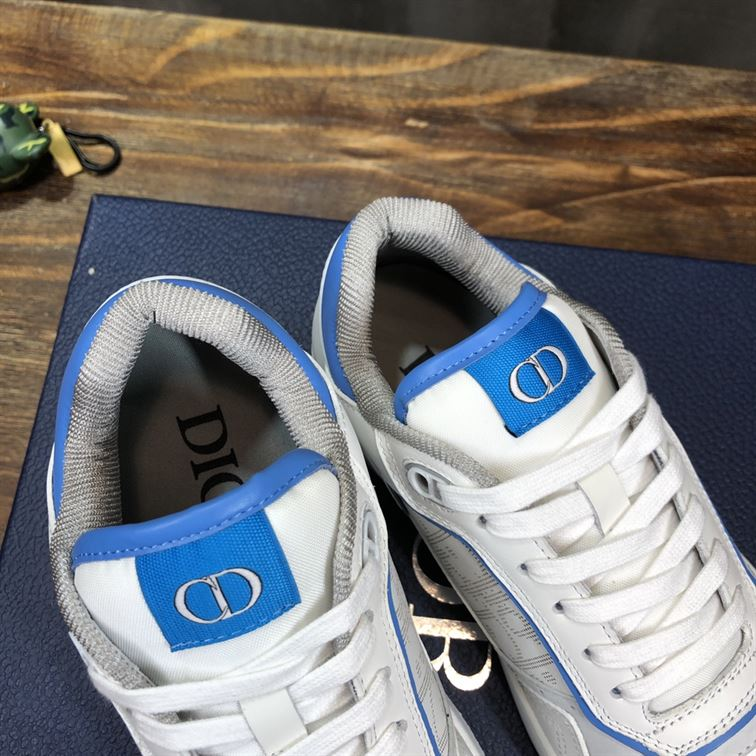 B27 LOW-TOP WHITE AND LIGHT BLUE SMOOTH CALFSKIN WITH WHITE DIOR OBLIQUE GALAXY LEATHER SNEAKER - CDO025