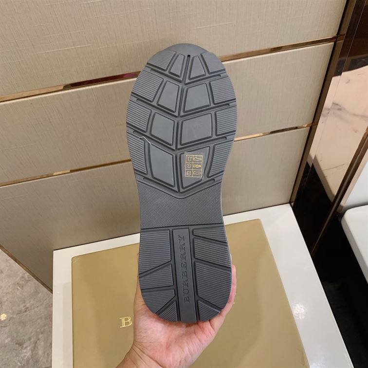 Burberry Regis Check Lace-Up Sneaker - Bbr15