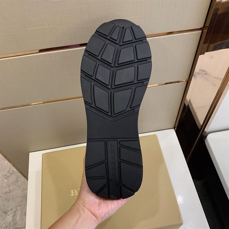 Burberry Regis Check Lace-Up Sneaker - Bbr17
