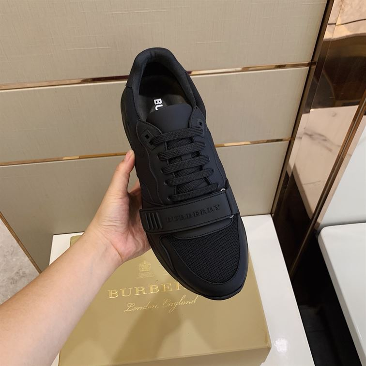 Burberry Regis Check Lace-Up Sneaker - Bbr20