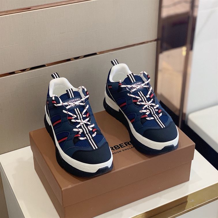 BURBERRY UNION SNEAKERS - BBR04