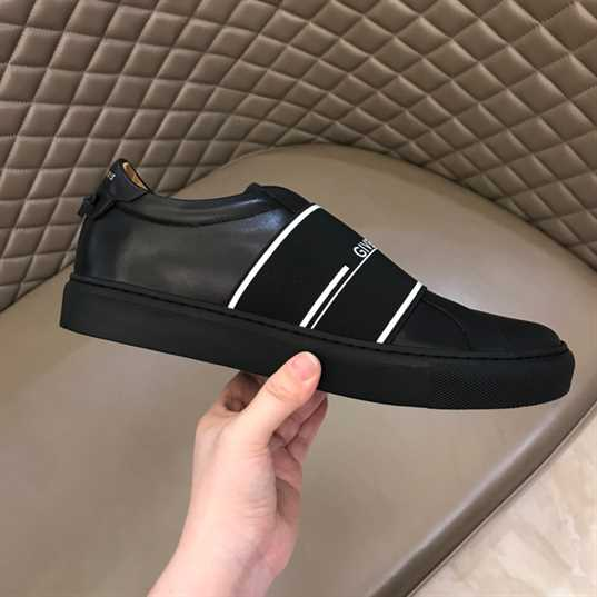 Givenchy Men'S Black Urban Street Leather Trainers - G23V